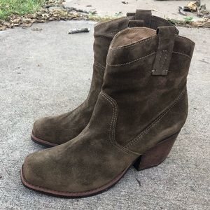 Matisse Olive Army Green Cowboy Boots Booties 8.5